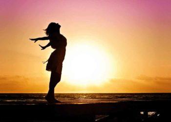 geluk door een zonsondergang