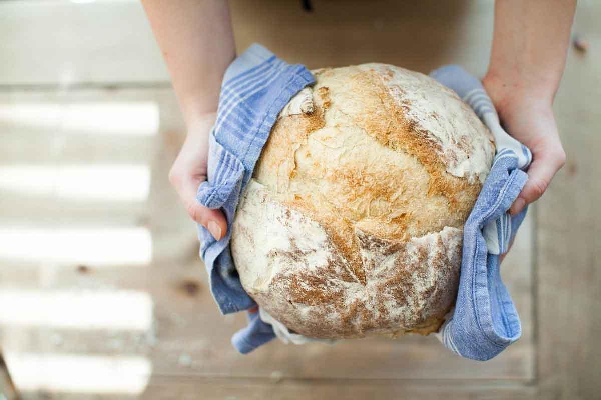 zelf biologisch brood bakken