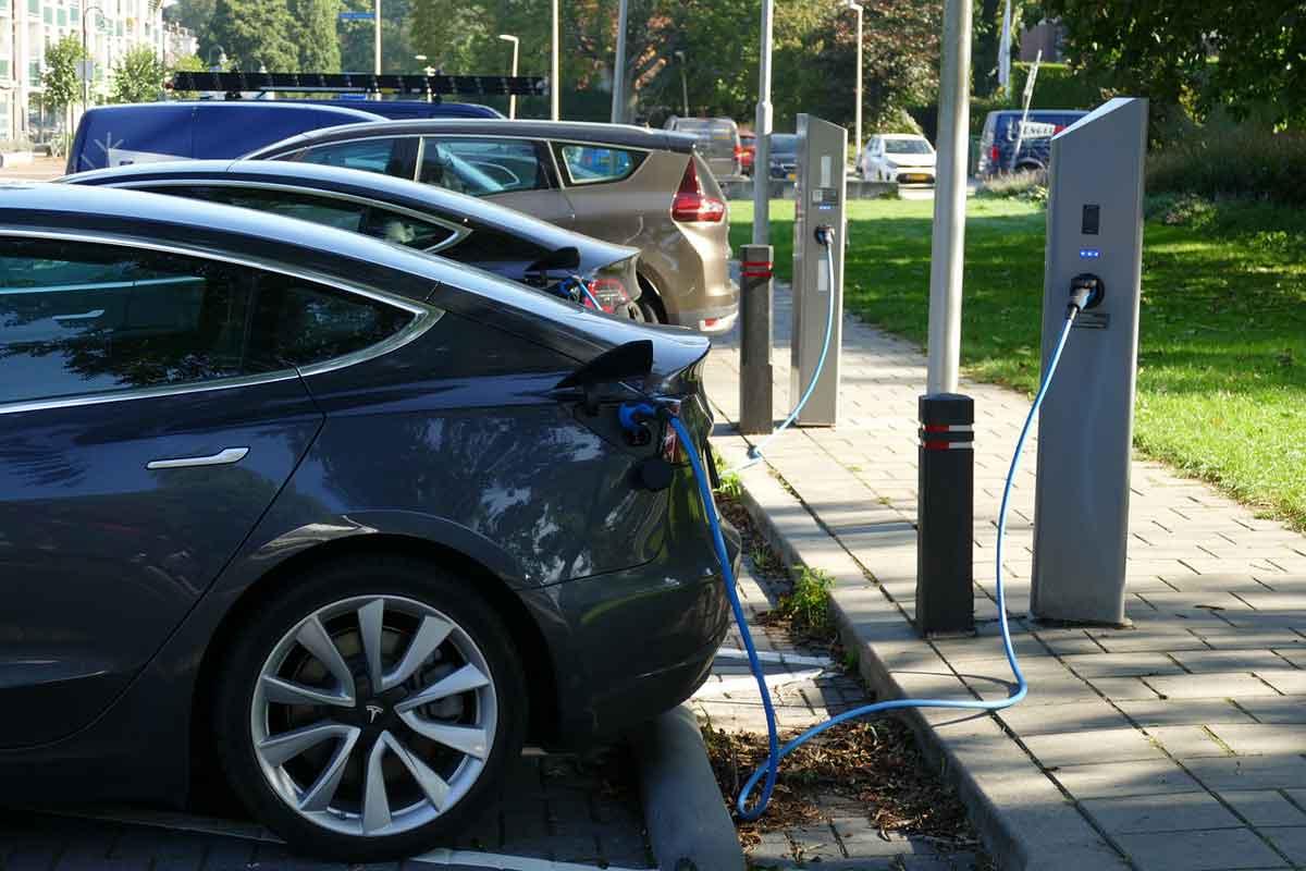 elektrische auto opladen thuis